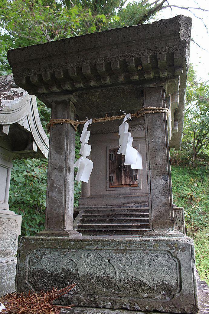 28養蚕神社(ようさんじんじゃ)