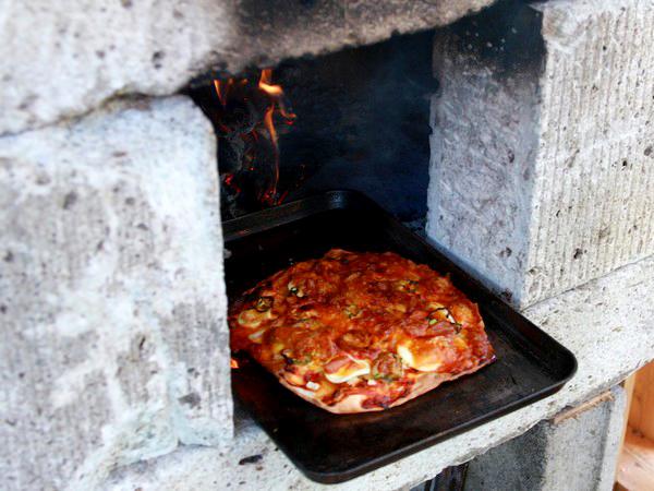 本格釜で焼くピザの宿 ペンションひまわり