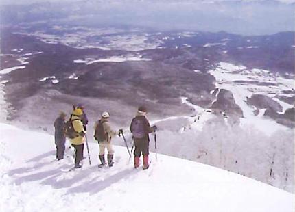 「リゾートスキー場」四季を歩く楽しみ